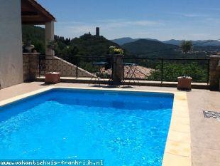 Huis te huur in Var en binnen uw budget van  650 euro voor uw vakantie in Zuid-Frankrijk.