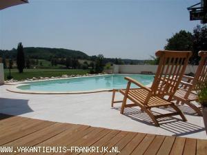 Vakantiehuis: Gerenoveerd station te huur Deze villa met privé zwembad ligt in Zuid Frankrijk. Regio: Midi Pyrenees. Het toscane van Frankrijk. te huur voor uw vakantie in Tarn et Garonne (Frankrijk)