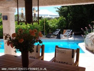 Vakantiehuis: Fantastisch huis met zwembad in de Provence op slechts 30 min. rijden van de prachtige stranden aan Middenlandse zee. te huur voor uw vakantie in Var (Frankrijk)