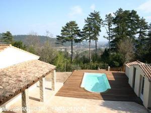 Vakantiehuis met zwembad: Villa met zwembad te huur in Anduze