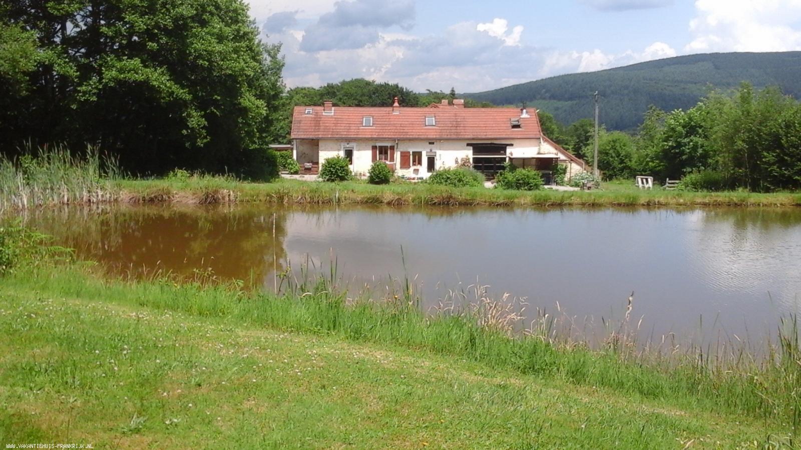 Vakantiehuis: Gite in Fachin, Parc du Morvan (Midden-Frankrijk - Bourgogne) te huur. te huur voor uw vakantie in Nievre (Frankrijk)
