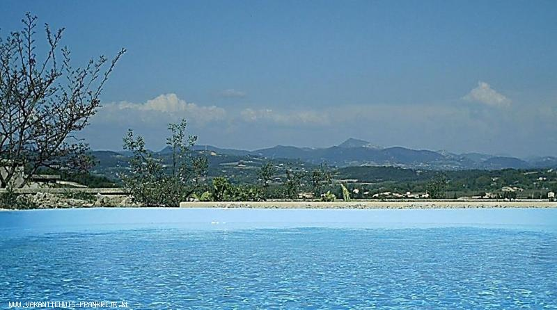 Vakantiehuis: Exclusieve Villa in Provence met zwembad en prachtig uitzicht te huur voor uw vakantie in Vaucluse (Frankrijk)