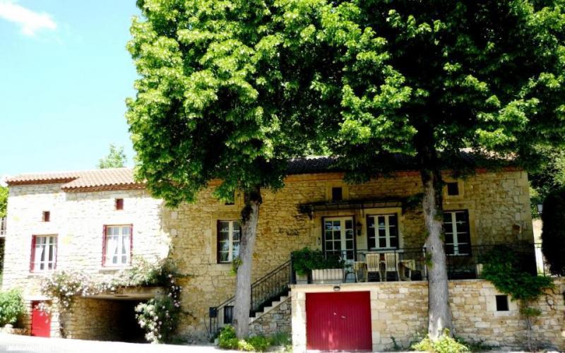 Vakantiehuis: Te huur Luxueuze en authentieke boerderij met prive zwembad voor geschikt voor 8 personen te huur voor uw vakantie in Lot (Frankrijk)