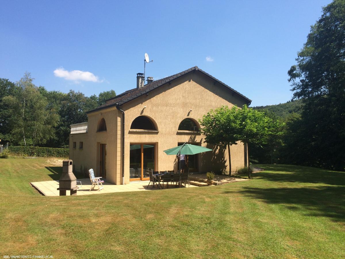 Vakantiehuis: Luxe vakantievilla in Franse Ardennes te huur. te huur voor uw vakantie in Ardennes (Frankrijk)