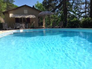 Vakantiehuis: Te huur zeer comfortabele vrijgelegen vakantie villa met prive zwembad 7 personen met gratis WiFi