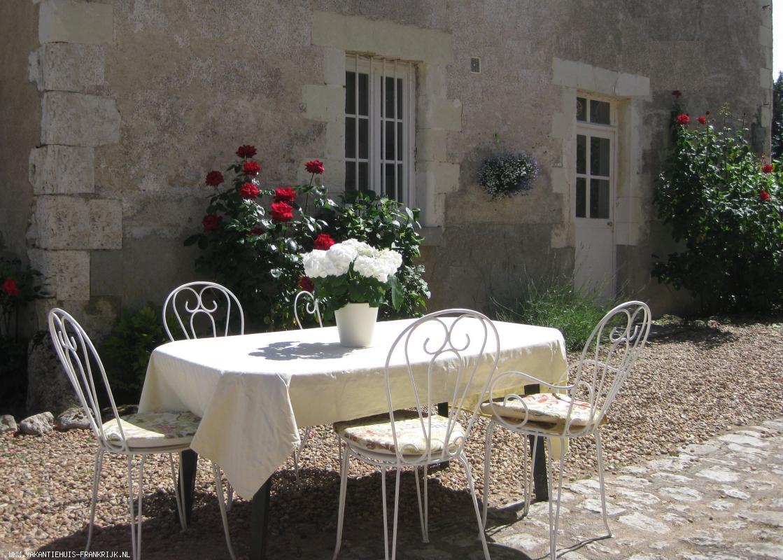 Vakantiehuis: Landelijk gelegen, maar niet geïsoleerd, vakantiehuis op landgoed van 11 ha. te huur voor uw vakantie in Loiret (Frankrijk)