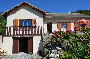 Vakantiehuis: Vakantiehuis voor 8 personen in de zuidelijke Franse Alpes.