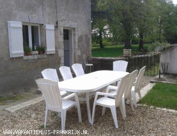 Vakantiehuis: Rustig landelijk gelegen vakantiehuis, vlakbij stadje. te huur voor uw vakantie in Loiret (Frankrijk)