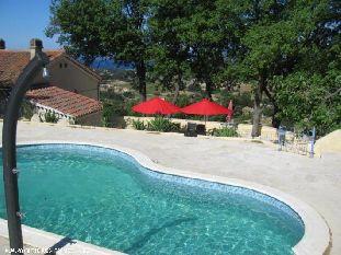 Vakantiehuis: Vakantie villa Sinnewille: Een 7 persoons huis, prive zwembad, eigen wijngaard. Panoramisch uitzicht over zee. Strand, golf, pittoreske dorpjes