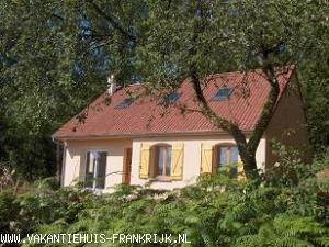 Vakantiehuis: Comfortabel huis,mooi uitzicht. te huur voor uw vakantie in Nievre (Frankrijk)