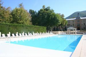 Vakantiehuis: Royaal appartement (115m2) op landgoed in de Provence te huur voor uw vakantie in Drome (Frankrijk)
