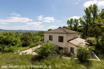 Vakantiehuis: Vakantiehuis voor 2 tot 9 personen in het zuiden van de Ardèche te huur voor uw vakantie in Ardeche (Frankrijk)