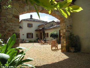Vakantiehuis: Luxe vakantiehuis 4* in de Dordogne. Authentiek met veel luxe. Maar vooral Rust, Ruimte en Natuur. WIFI, NL.TV, Luxe Boxsprings