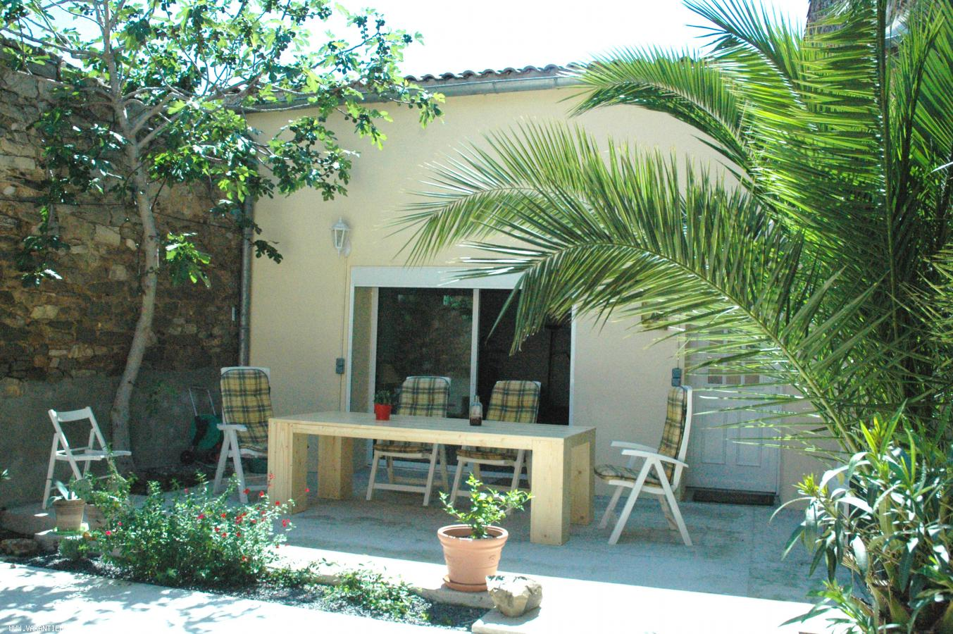 Vakantiehuis: Comfortabele vakantiewoning in authentiek Zuid-Frans wijndorp. Nabij Middellandse zee. te huur voor uw vakantie in Aude (Frankrijk)
