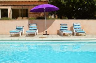 Vakantiehuis: Uw villa voor 11 personen. Proef en voel de Provence!