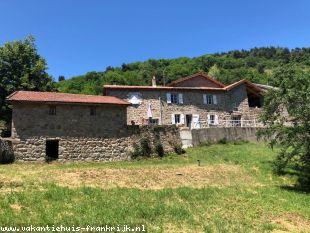 Huis te huur in Ardeche en binnen uw budget van  450 euro voor uw vakantie in Midden-Frankrijk.