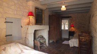 Slaapkamer 2 met twee 1-persoonsbedden die naast elkaar gezet kunnen worden