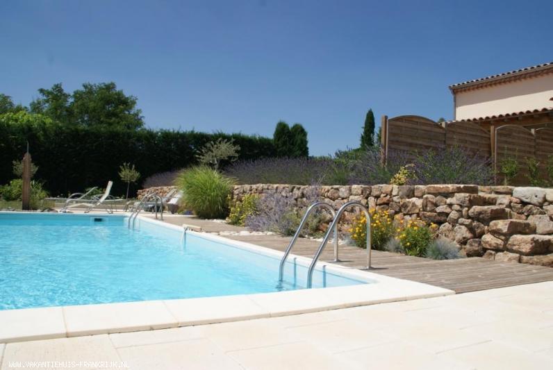 Vakantiehuis: Nieuwe villa (2011) met zwembad in zuid Ardèche te huur voor uw vakantie in Ardeche (Frankrijk)