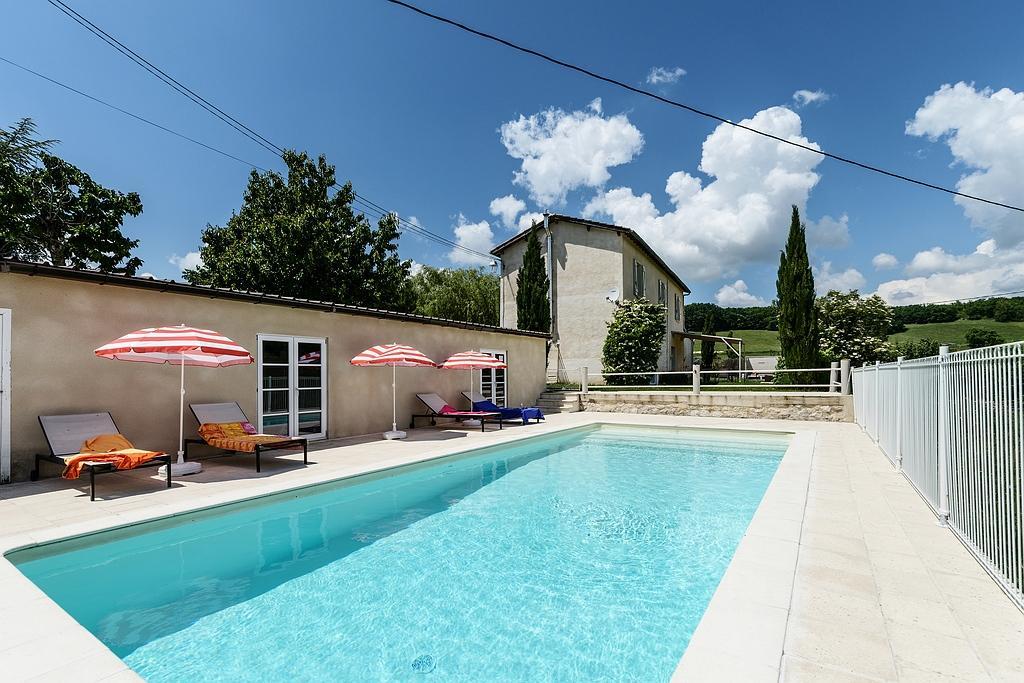 Vakantiehuis: LEVEN ZOALS GOD in Frankrijk in de LOT voor 8/10p.Dichtbij de DORDOGNEMaar met max 2à3 personen ? wij maken een speciaal prijsje voor je te huur voor uw vakantie in Lot (Frankrijk)
