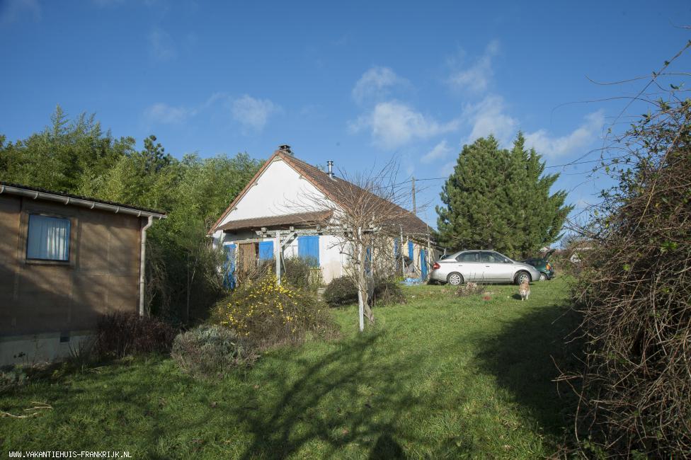 Vakantiehuis: Magnifique uitzicht, complete rust en volop natuur. Veel slaapplaatsen. te huur voor uw vakantie in Allier (Frankrijk)