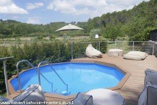 Vakantiehuis: La Vignaredo een comfortabel vakantiehuis, idyllisch en rustig gelegen te huur in Var (Frankrijk)