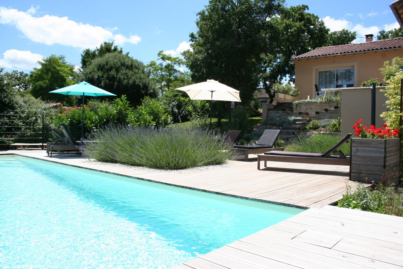 Vakantiehuis: Vakantiehuis met geweldig uitzicht en privé zwembad van 9x4m. te huur voor uw vakantie in Lot (Frankrijk)