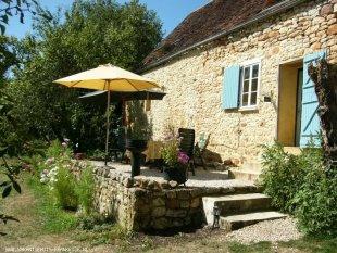 Het terras met comfortabel tuinset Het terras met prachtig uitzicht rust en ruimte, en privacy