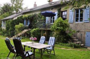 Vakantiehuis: Sfeervolle, ruime, authentieke vakantiewoning in rustige glooiende omgeving van Parc de Morvan. te huur in Nievre (Frankrijk)