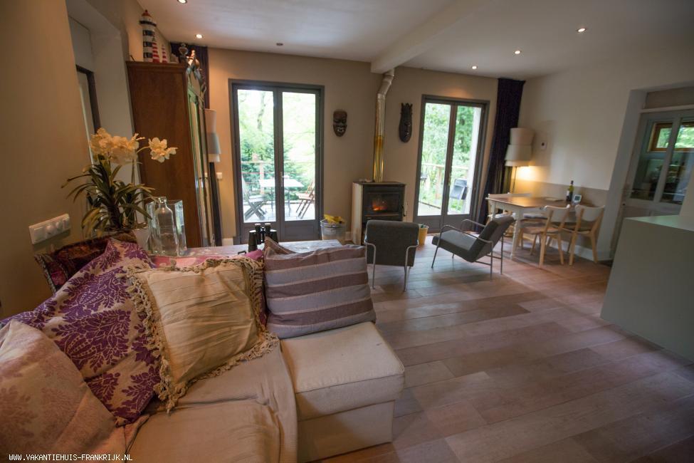 Vakantiehuis: Charmante vrijstaande woning ,150 meter van zee met imposante krijtrotsen ,op een bosperceel van 1000m2. Liggend op de grens Normandie/Picardie te huur voor uw vakantie in Seine Maritime (Frankrijk)
