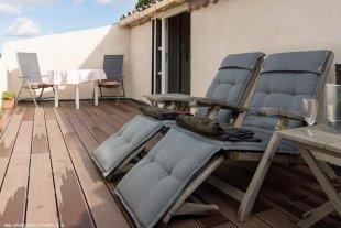 Het terras van de loft Geniet van het prachtige uitzicht en het zonnetje op uw heerlijke terras