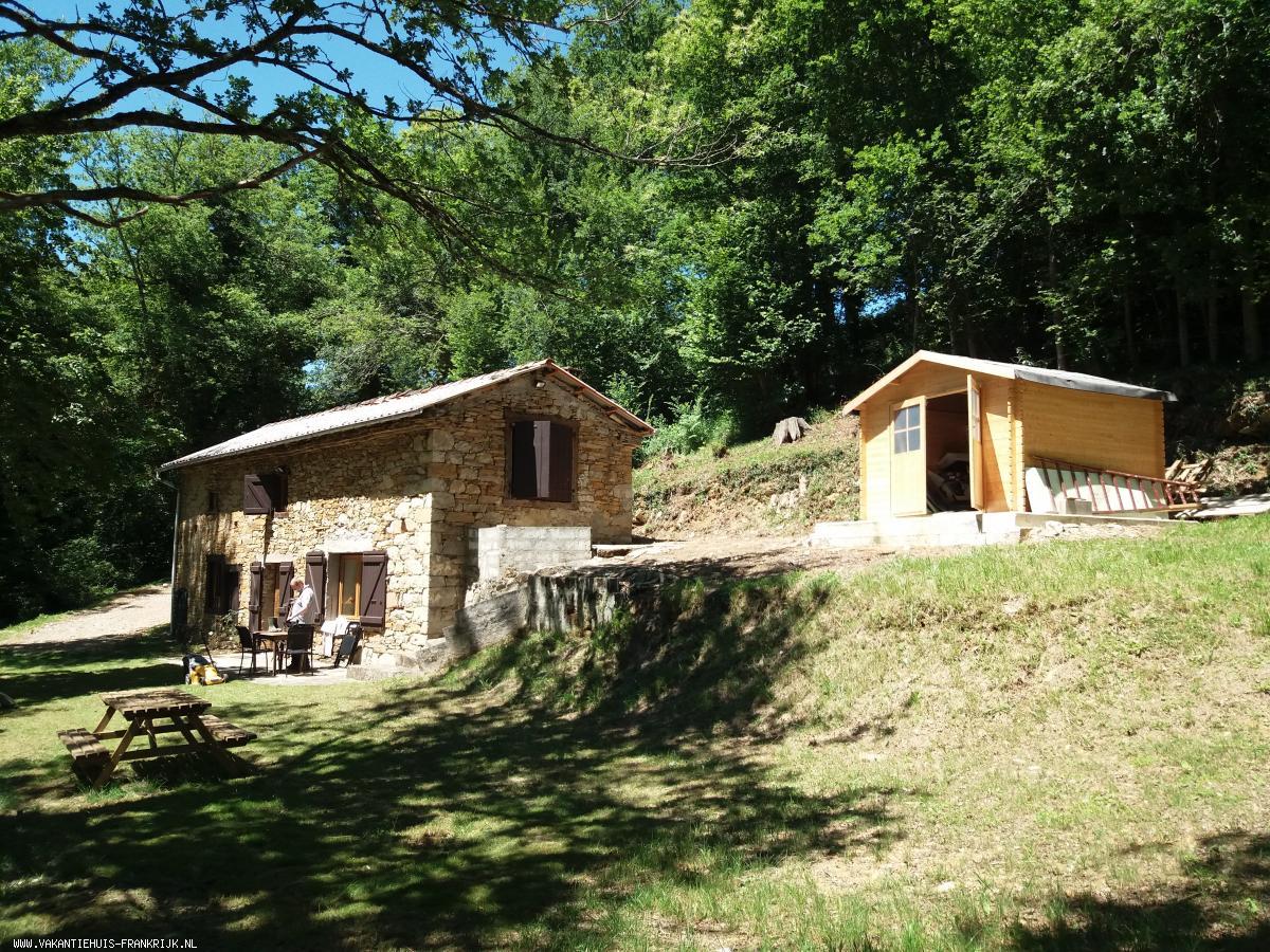 Vakantiehuis: Vakantiehuis Pyreneeën: La Rose de Fernand: zalige rust en stilte in een uniek berglandschap ! te huur voor uw vakantie in Ariege (Frankrijk)
