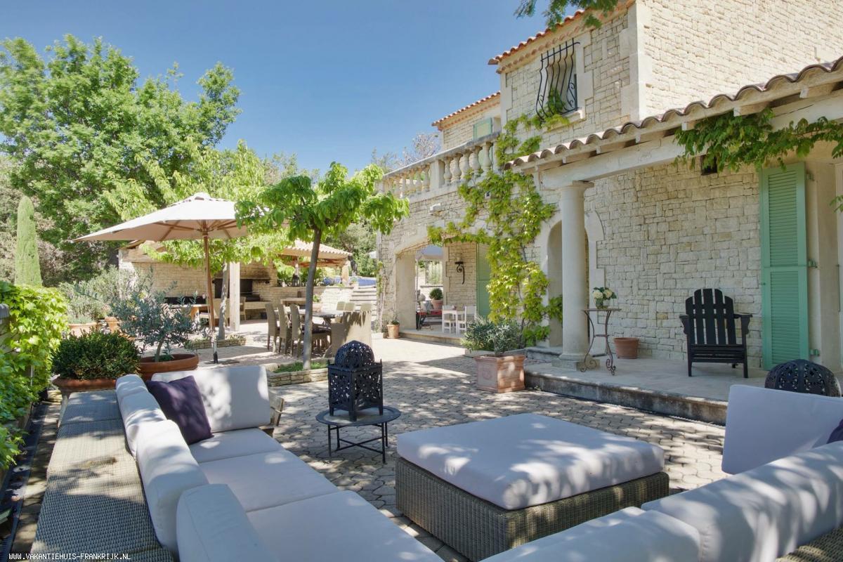 Vakantiehuis: Mas La Forestiere, ook úw luxe vakantiebestemming in de Provence! te huur voor uw vakantie in Alpen de Haute Provence (Frankrijk)