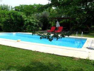 zwembad zwembad met gedeelte tuin