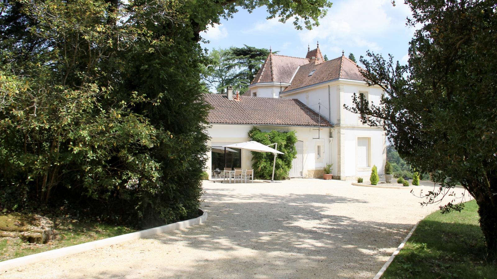 Vakantiehuis: rustig gelegen op heuvelachtig terrein met prachtig uitzicht over Bergerac en omgeving te huur voor uw vakantie in Dordogne (Frankrijk)