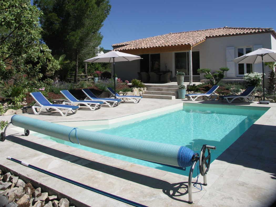 Vakantiehuis: Nieuwe, luxe, mooi gelegen 6 persoon vakantievilla met verwarmd privé zwembad, jacuzzi en uitzicht te huur voor uw vakantie in Aude (Frankrijk)
