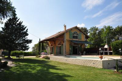 Vakantiehuis: Logeren in een prachtig gerenoveerde hangar van treinstation. Hartje Provence. Privé zwembad. te huur voor uw vakantie in Var (Frankrijk)
