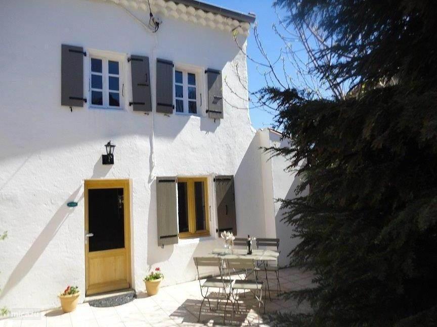 Vakantiehuis: Uniek vakantiehuis in natuurpark in de bergen. Rust, natuurschoon, comfort, kleinschalige faciliteiten. te huur voor uw vakantie in Ardeche (Frankrijk)