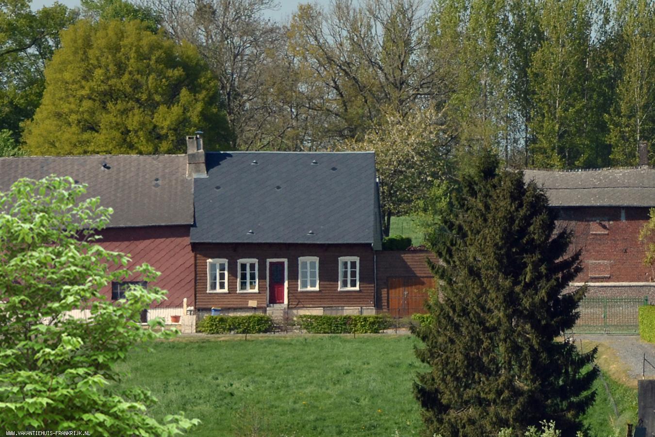 Vakantiehuis: Leuk vakantiehuis met sauna in de Picardie vlakbij de Franse Ardennen te huur voor uw vakantie in Ardennes (Frankrijk)