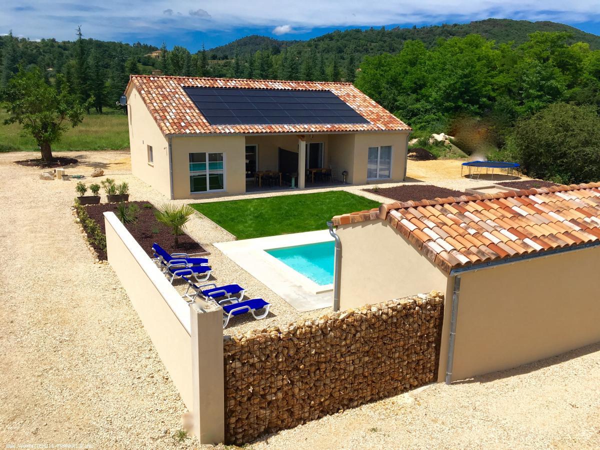 Vakantiehuis: Vakantiehuis bestaande uit 2 gîtes met verwarmd zwembad in Vallon Pont d'Arc! te huur voor uw vakantie in Ardeche (Frankrijk)