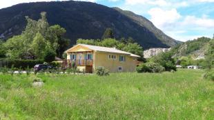 Vakantiehuis: Rustig gelegen villa aan de rand van de Verdon, private tuin, private parking, volledig omheind.