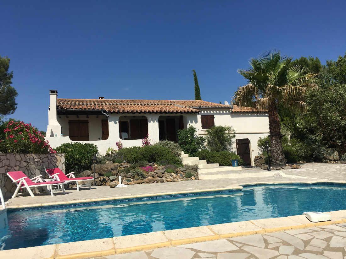 Vakantiehuis: Romantische, sfeervolle villa voor 6 personen met prive zwembad en uitzicht te huur voor uw vakantie in Herault (Frankrijk)
