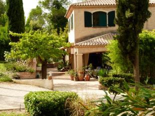 Vakantiehuis: Le Grand Paradis, sfeervol ingerichte villa met verwarmd zwembad