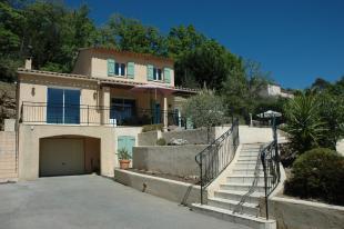 Huis te huur in Var en binnen uw budget van  750 euro voor uw vakantie in Zuid-Frankrijk.