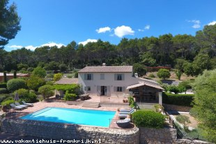 Huis te huur in Var is geschikt voor gezinnen met kinderen in Zuid-Frankrijk.