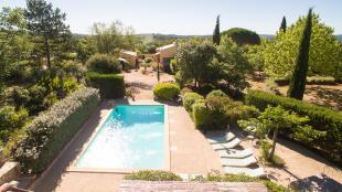 Vakantiehuis: villa confortable pour 8 personnes avec piscine prive sur terrain ombragé , terrasses couvertes
