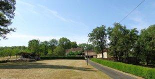 Vakantiehuis: Rustig gelegen 4 persoons vakantiehuis nabij beroemde bezienswaardigheden te huur in Dordogne (Frankrijk)