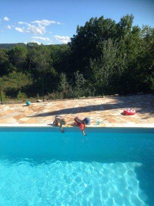 Zwembad met achteruitzicht