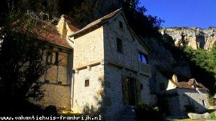 Huis te huur in Lot en binnen uw budget van  750 euro voor uw vakantie in Zuid-Frankrijk.