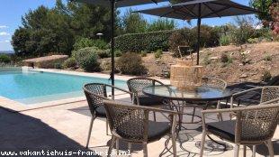 Vakantiehuis: Luxe Villa met groot verwarmd privé zwembad; airco op slaapk.; wifi internet; Ned.tv zenders + Park zwembad+apart peuterbad+tennisbaan