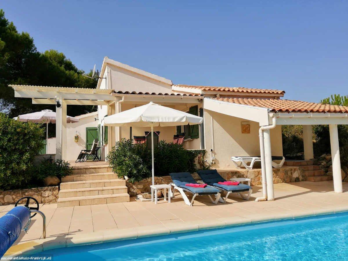 Vakantiehuis: Leuke, gezellig 4 persoons villa met privé zwembad met inlooptrap te huur voor uw vakantie in Aude (Frankrijk)